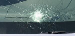 broken_windshield_hamilton